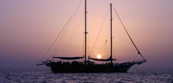 Sailing-on-Red-Sea.jpg